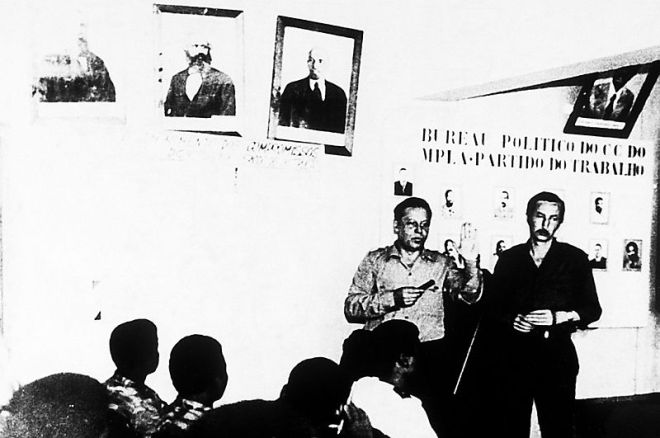Soviet_and_East_Bloc_military_advisors_in_Angola._1983(1)