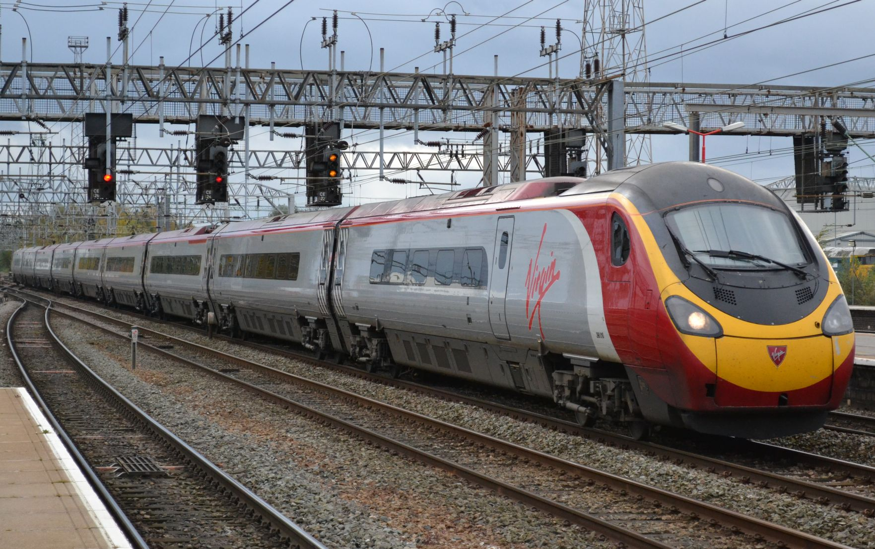 https://i0.wp.com/antidepaware.co.uk/wp-content/uploads/2014/01/Pendolino1.jpg