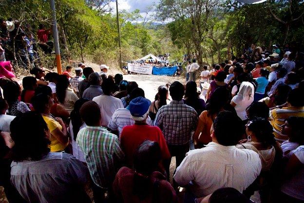 photo-guatemala-solidarity-mission-img7-624x416