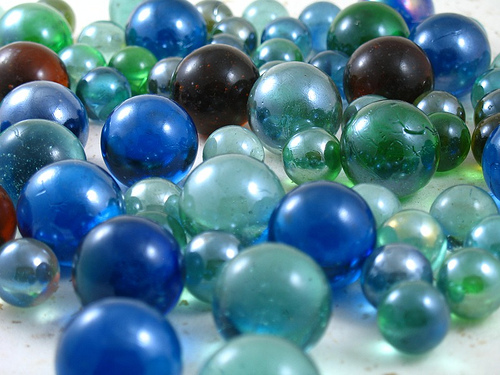 Cincos: The Guatemalan Marbles