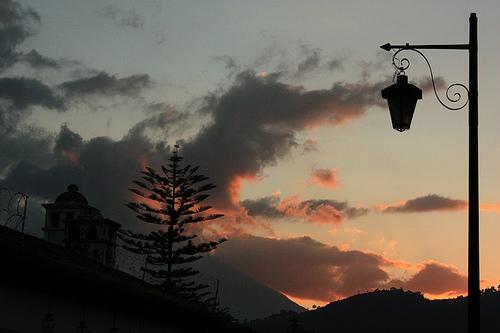Antigua's Style Lamp Silhouette