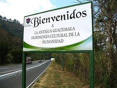 Welcome to La Antigua Guatemala Sign