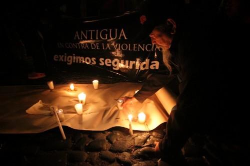 Antigüeños Contra la Delincuencia by Leonel -Nelo- Mijangos