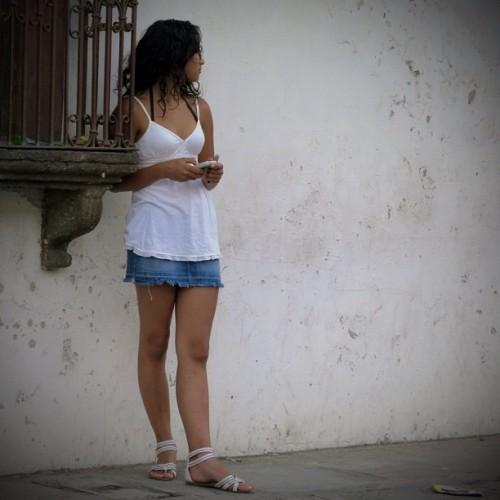 #1 The wait in Antigua Guatemala by Rudy Girón
