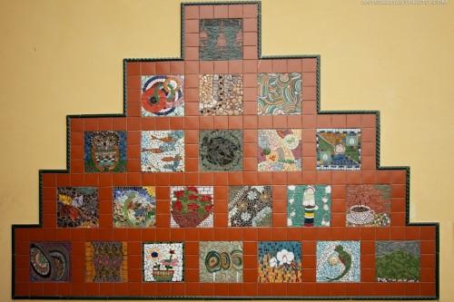 Pasión por los Mosaicos Mural at César Brañas Cultural Center in Antigua Guatemala