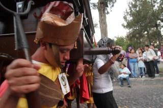 Antigua Guatemala Semana Santa Photos by Nelo Mijangos