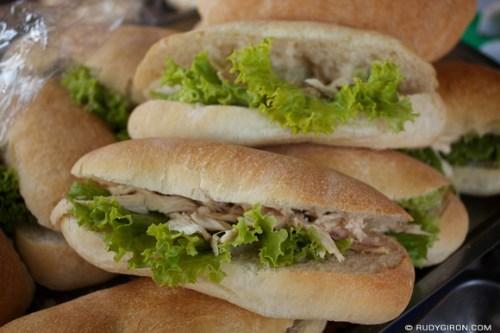 Rudy Giron: AntiguaDailyPhoto.com &emdash; Velación Foods: Panes con Pollo