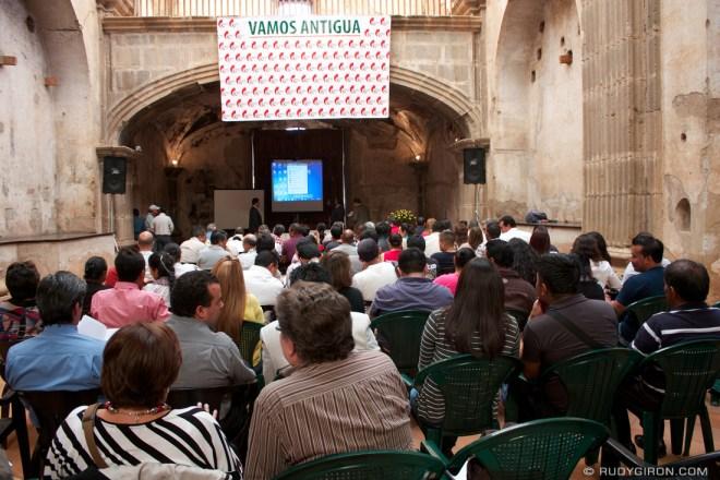 Rudy Giron: AntiguaDailyPhoto.com &emdash; Diplomado de Historia de Antigua Guatemala