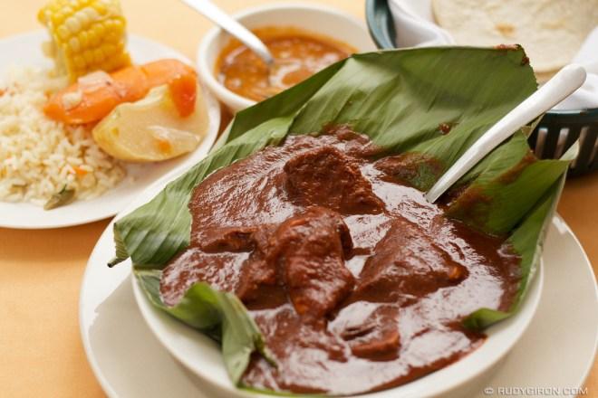 Rudy Giron: Antigua Guatemala &emdash; Guatemalan Cuisine: Subanik de Tres Carnes