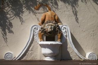 Lion Bucaro Fountain from Antigua Guatemala