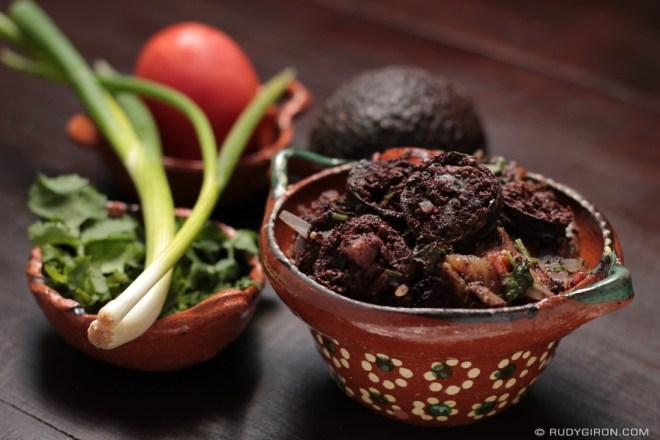 Rudy Giron: Guatemalan gastronomy &emdash; Moronga, Morcilla, Rellena, Blood Sausage