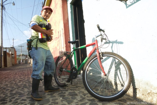 Rudy Giron: Antigua Guatemala &emdash; The Daily of Dose of Cola of the Construction Worker