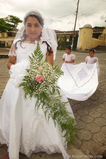 Rudy Giron: Antigua Guatemala &emdash; The Bride from Ciudad Vieja