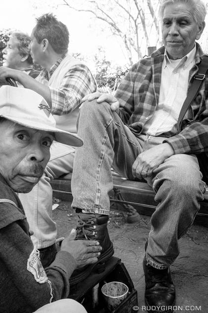 Rudy Giron: Antigua Guatemala &emdash; It's shoe-shine time