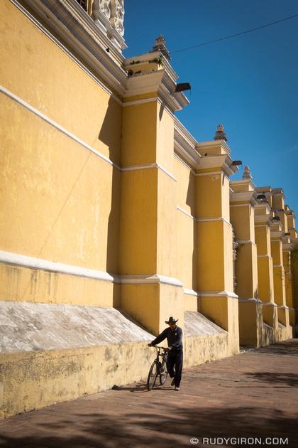 Rudy Giron: Antigua Guatemala &emdash; Sizing La Iglesia La Merced