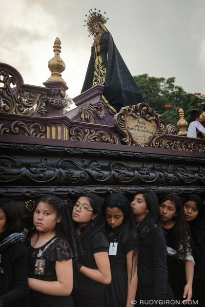 Rudy Giron: Antigua Guatemala &emdash; Girls Procession in Antigua Guatemala