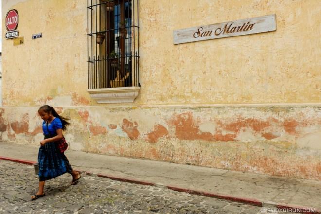 Rudy Giron: Antigua Guatemala &emdash; Jaywalking in Antigua Guatemala