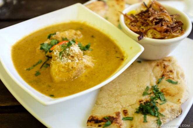 Rudy Giron: Food Photography &emdash; Chicken Tikka Masala from Pushkar