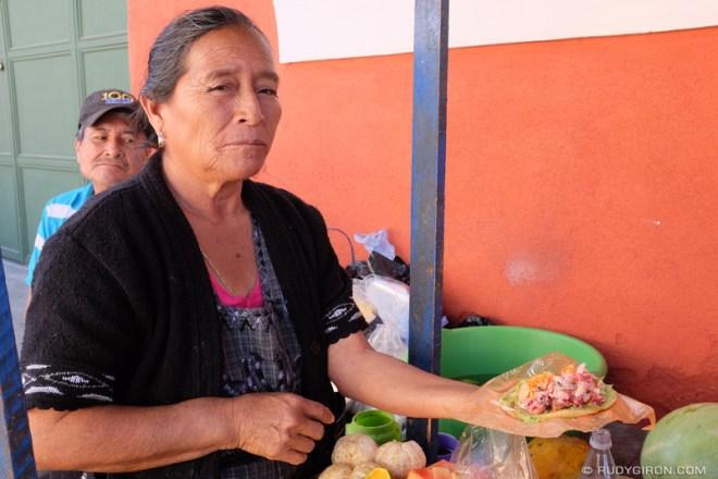 Rudy Giron: Antigua Guatemala &emdash; Guatemala Junk Food — Tostada de guacamol con chojin