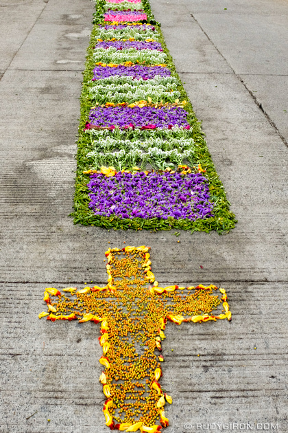 Rudy Giron: Antigua Guatemala &emdash; Holy Week Vistas — Processional Carpets-2