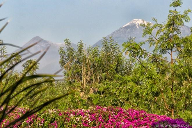 Rudy Giron: Antigua Guatemala &emdash; Volcanes Fuego y Acatenango con hielo 2