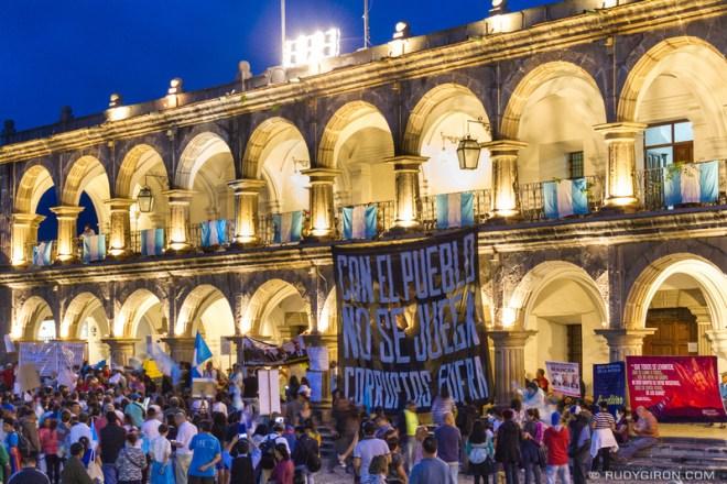 Rudy Giron: Antigua Guatemala &emdash; Protests against corruption in Antigua Guatemala