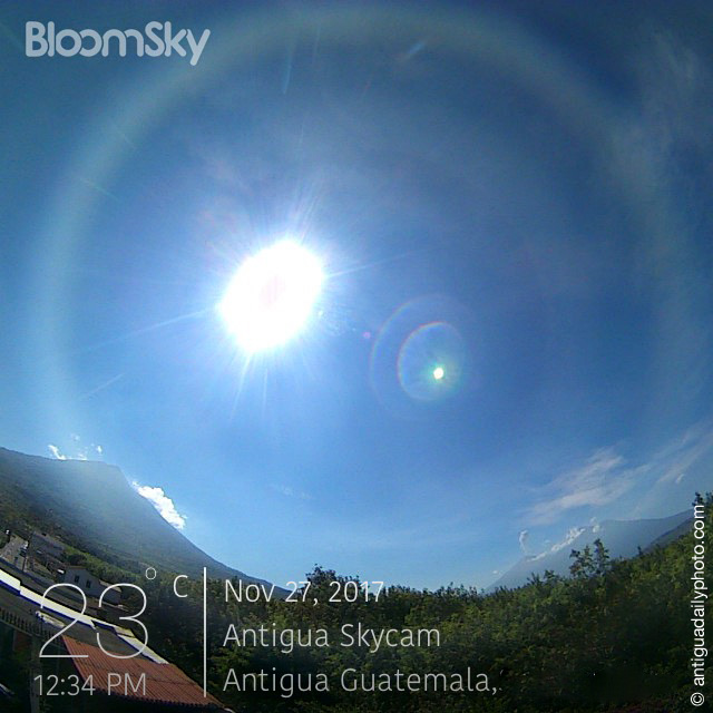 Live Daylight Webcam in Antigua Guatemala
