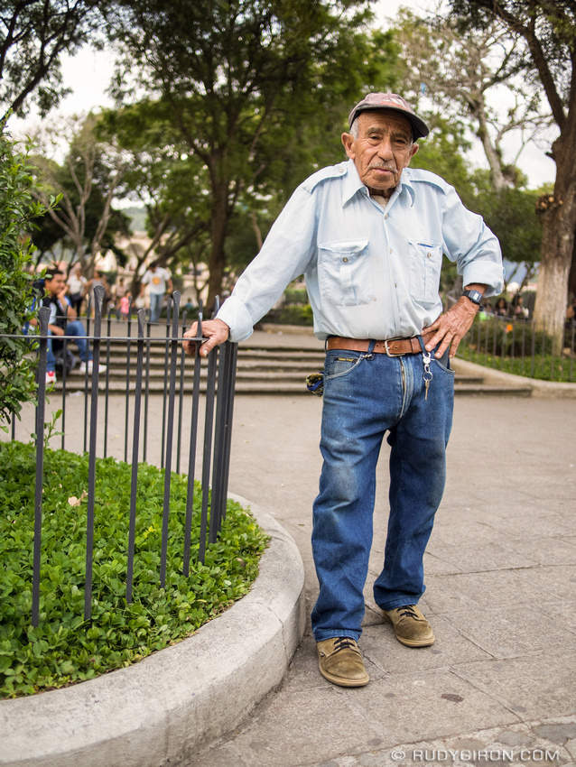 Rudy Giron: Antigua Guatemala &emdash; Street Portraits of Strangers — Are you talking to me?