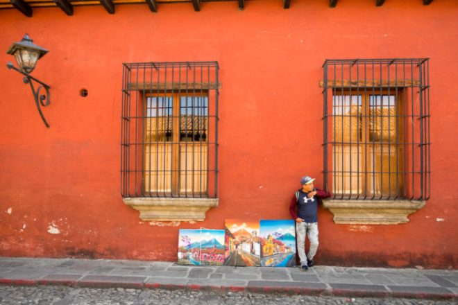 Pop-Up Art Galleries on the Streets  Antigua Guatemala BY RUDY GIRON