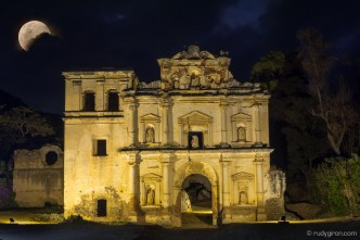 Super Blood Wolf Moon over Los Remedios Ruins in Antigua Guatemala BY RUDY GIRON