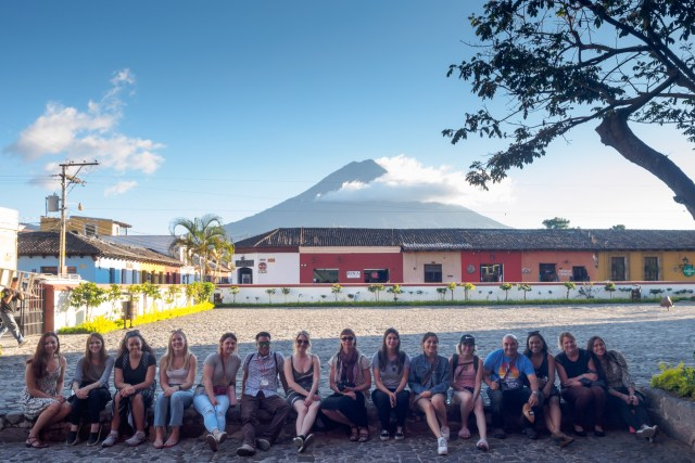 Introducing Groups through Antigua Photo Walks with photographer Rudy Giron
