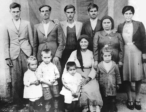 old-family-photo-from-cyprus