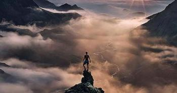 small-man-grand-nature-landscape-photography