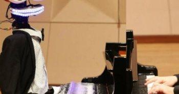 robot-piano