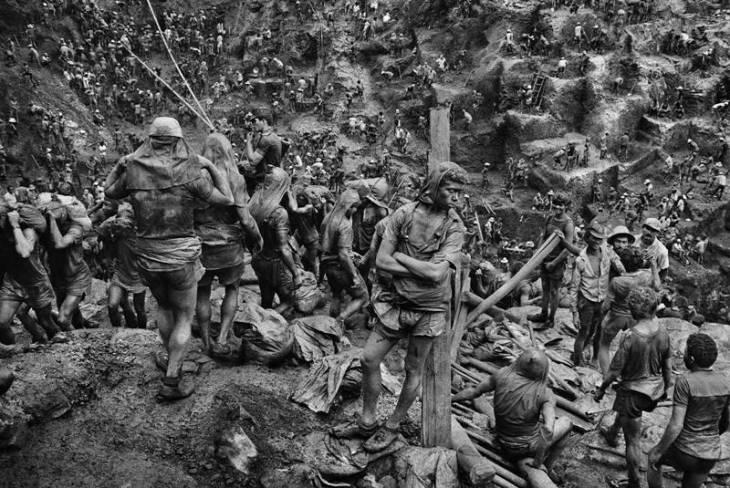 Κατά τη διάρκεια της δεκαετίας του 1980, δεκάδες χιλιάδες χρυσοθήρες συνέρρεαν στην περιοχή Serra Pelada