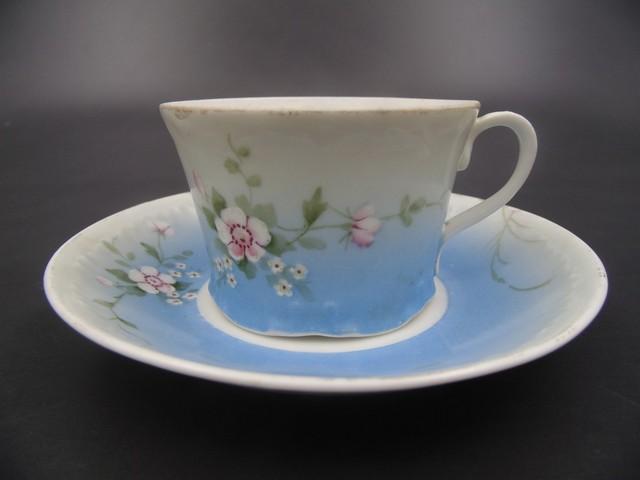 Чайная пара с маркой Гарднера 1870-1890 гг.