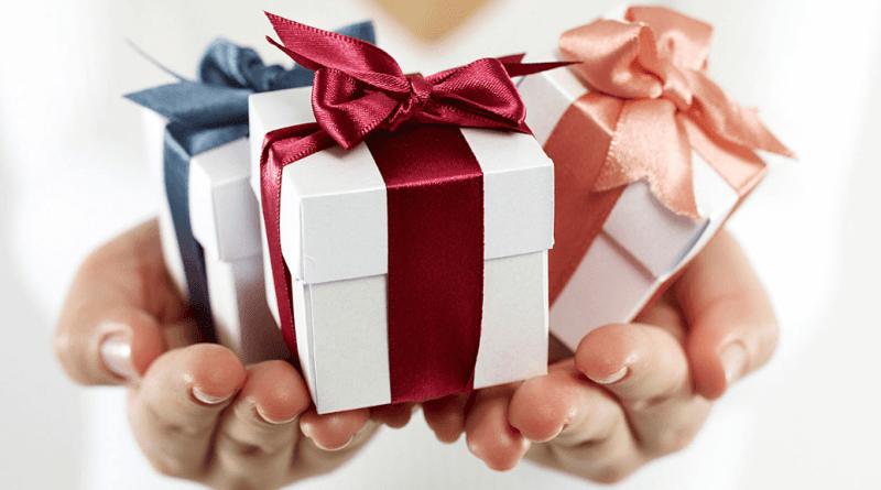 طرق ذكية لإعادة تقديم هدية لم تعجبك إلى صديق آخر
