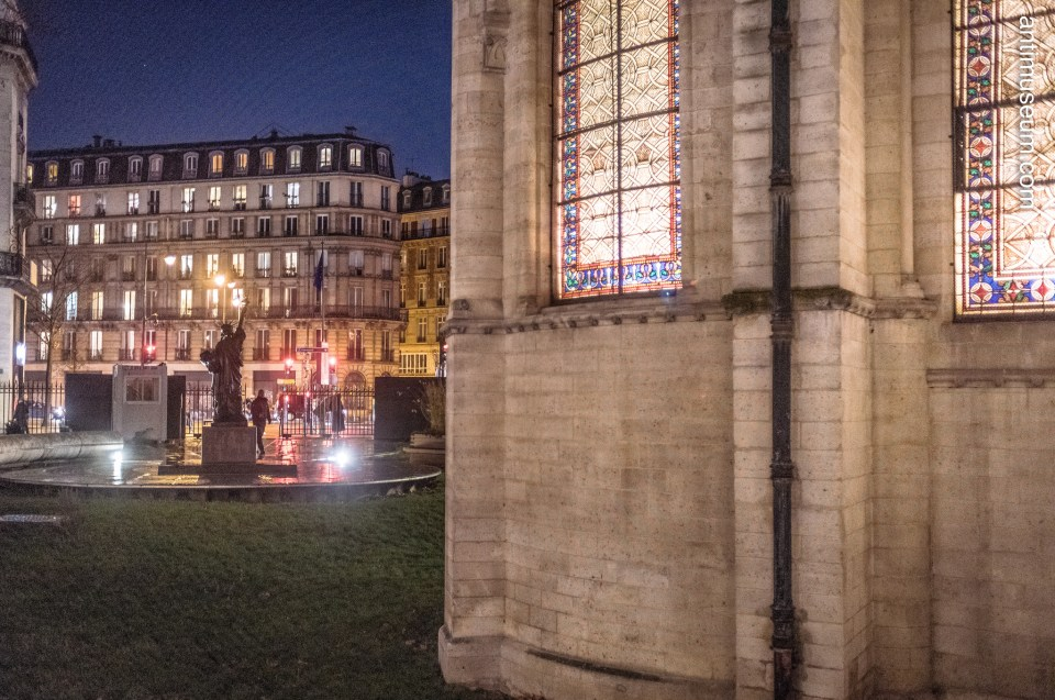 Les Arts & Métiers - a museum dedicated to Science, technology and the manufacturing industry