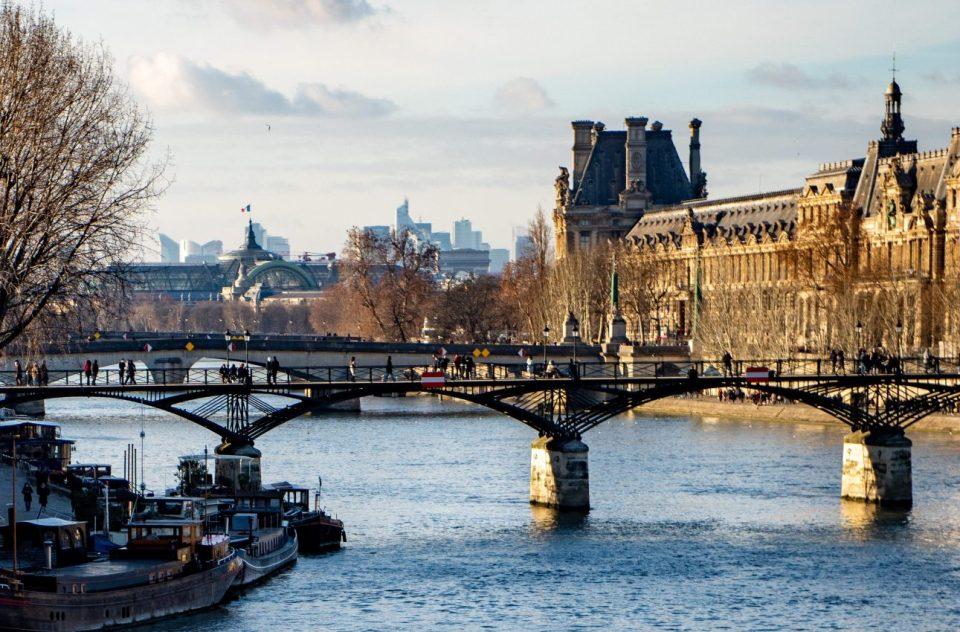 A river runs through Paris