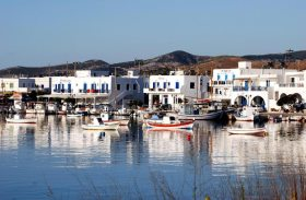 Antiparos,-port