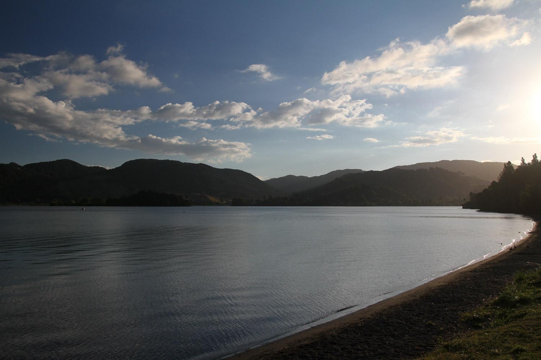 La piscine de notre premier camping (et la douche aussi), le lac Okareka