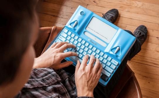 TECHNO-DÉBILE • Le retour de la machine à écrire
