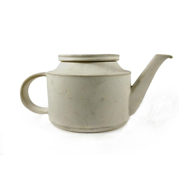 brocca antica bianca in ceramica, Bucci Pesaro