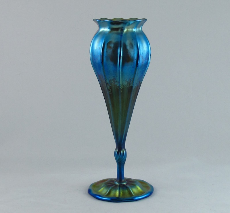 A Tiffany irridescent Favrille florifom vase