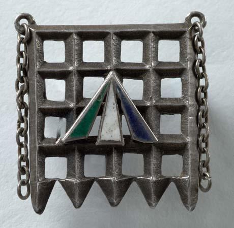 A Suffragette Holloway brooch