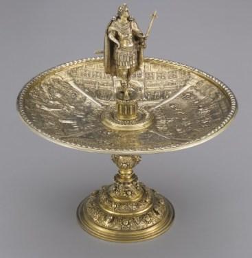 An antique Roman tazza cup
