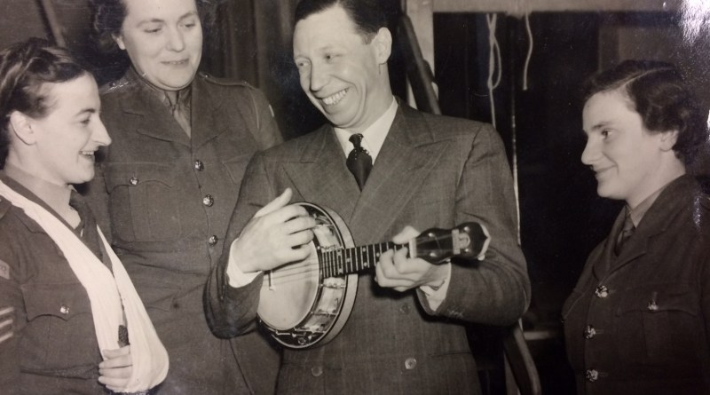 George Formby Ukulele in action