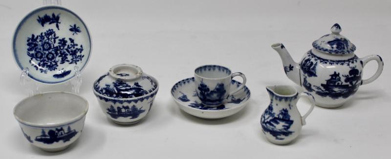 A selection of Lowestoft porcelain
