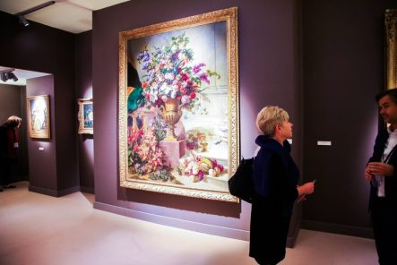 Visitors to TEFAF Fall in New York