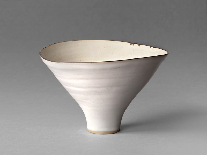 Lucie Rie bowl in Yorkshire sale